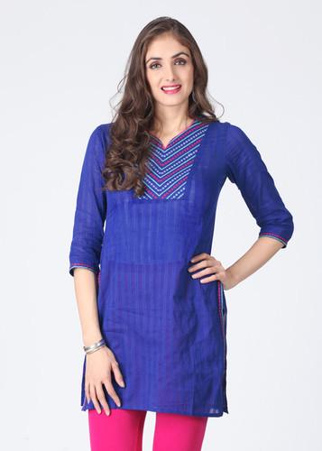 embroidered-long-kurta-500x500